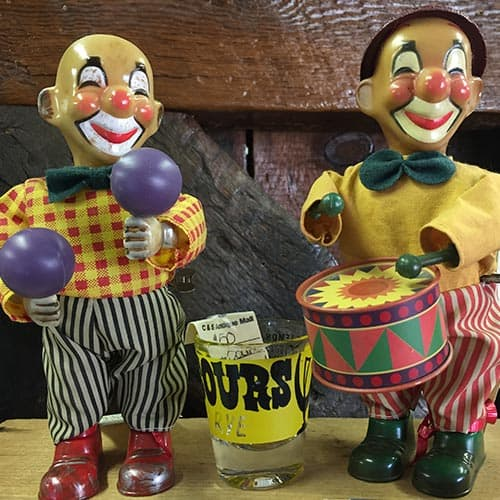 Old wind-up toys! Clowns, yes or no...clowns aren't scary